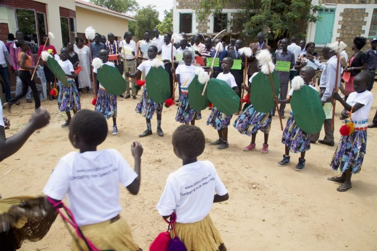 juba-peacejam-kids-dancegroup-02